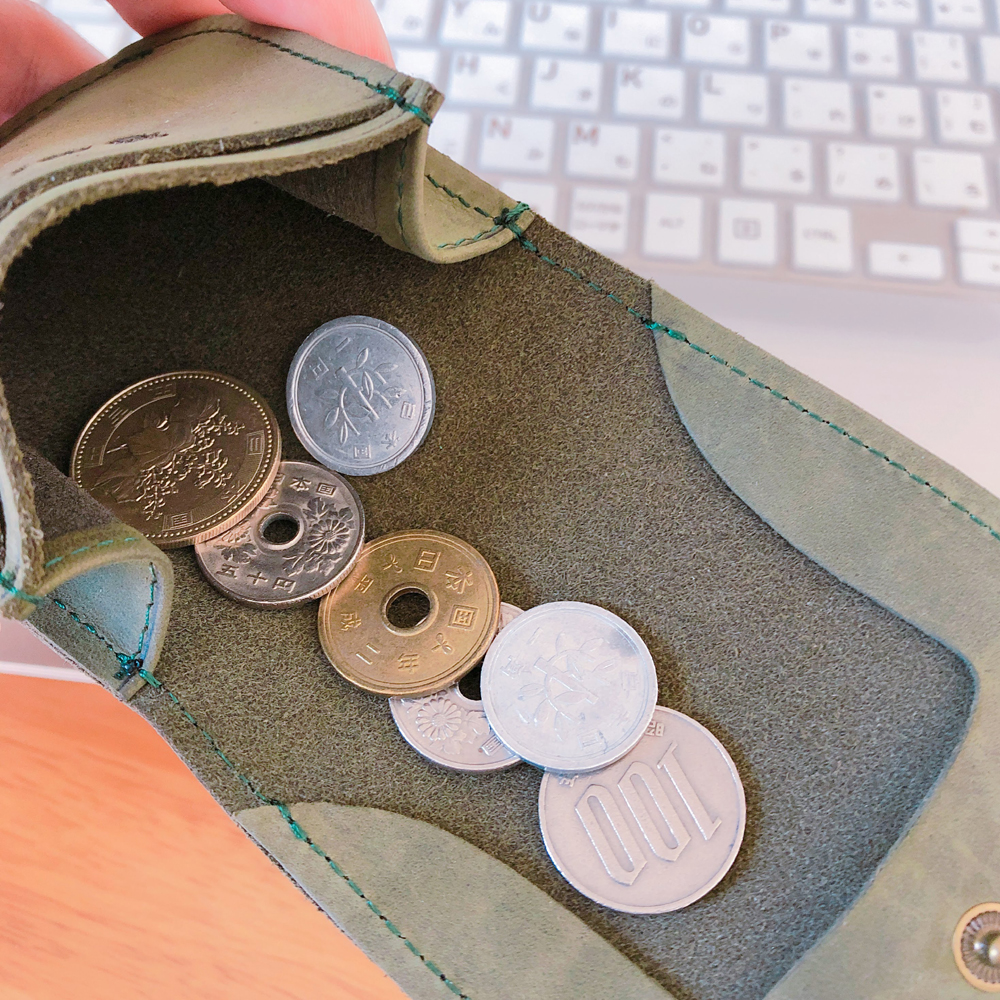魅革mikawaのコインケースの小銭入れ部分