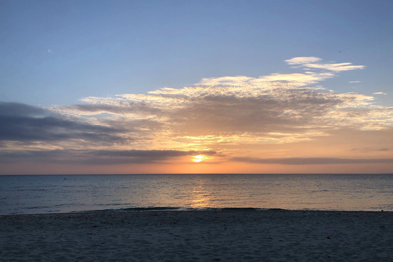 長間浜の夕日