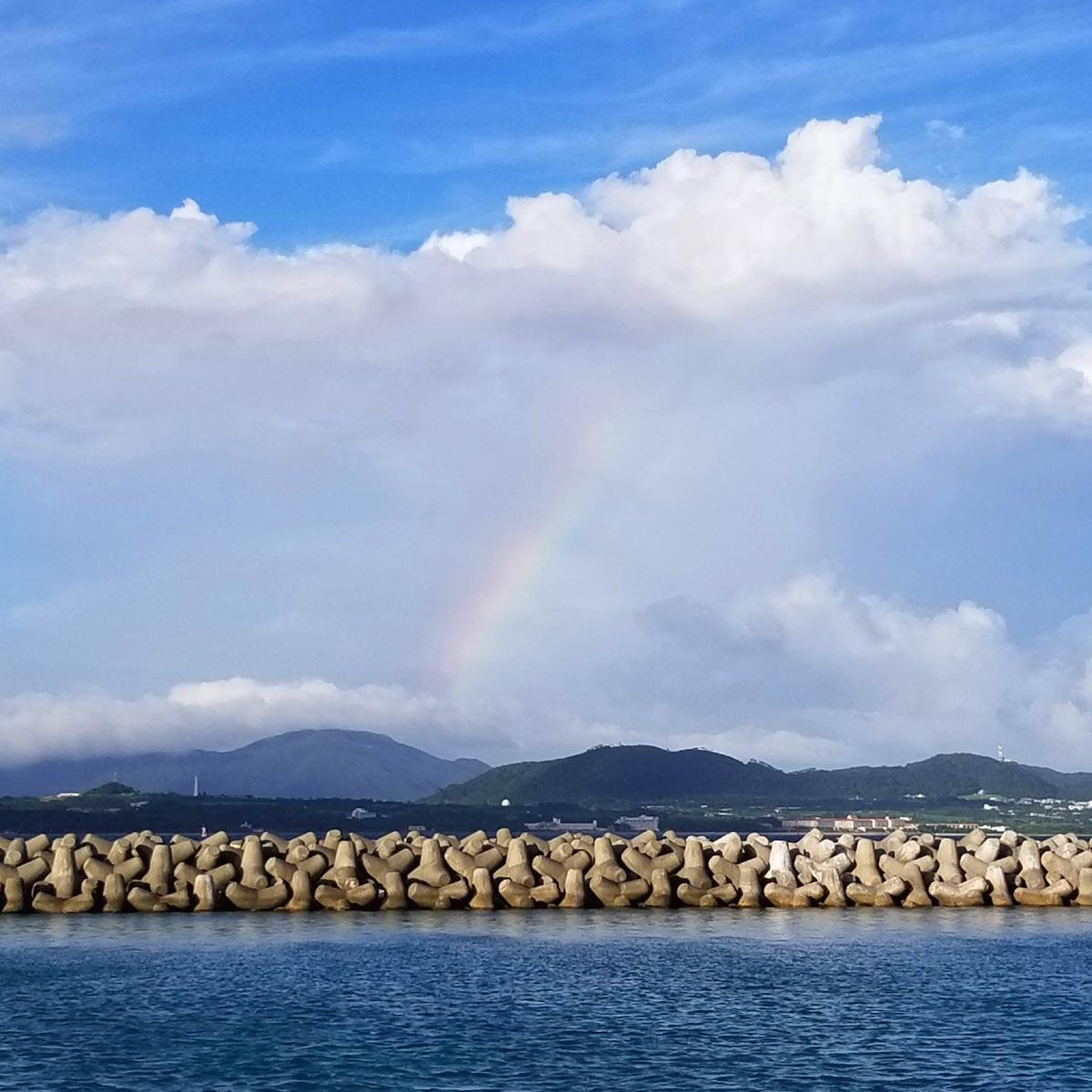石垣島上空に虹