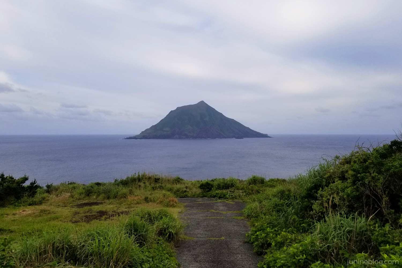 夕日ヶ丘から眺める八丈小島