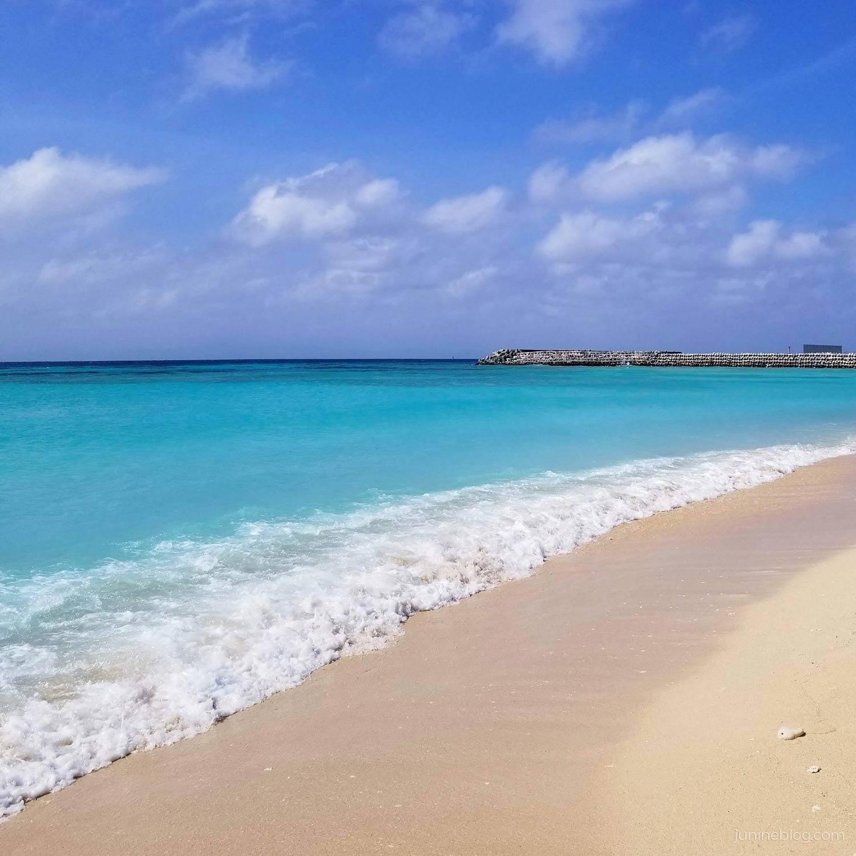 午後のニシ浜(港側の風景)