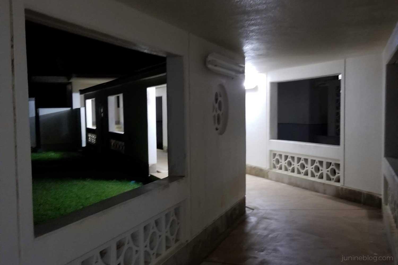食事処さしばへの渡り廊下