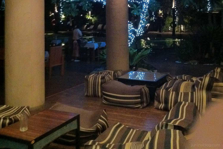 パトンビーチホテルにチェックイン