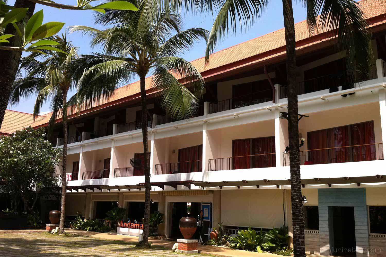 パトンビーチホテル外観2