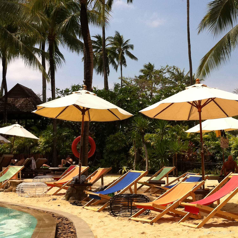 パトンビーチホテルのプール